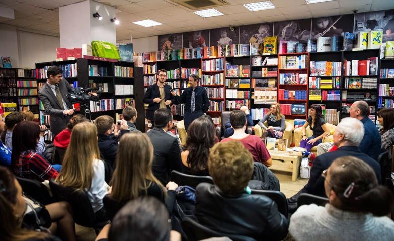 Anthel Blau presentado en la Librería Dalles de Bucarest